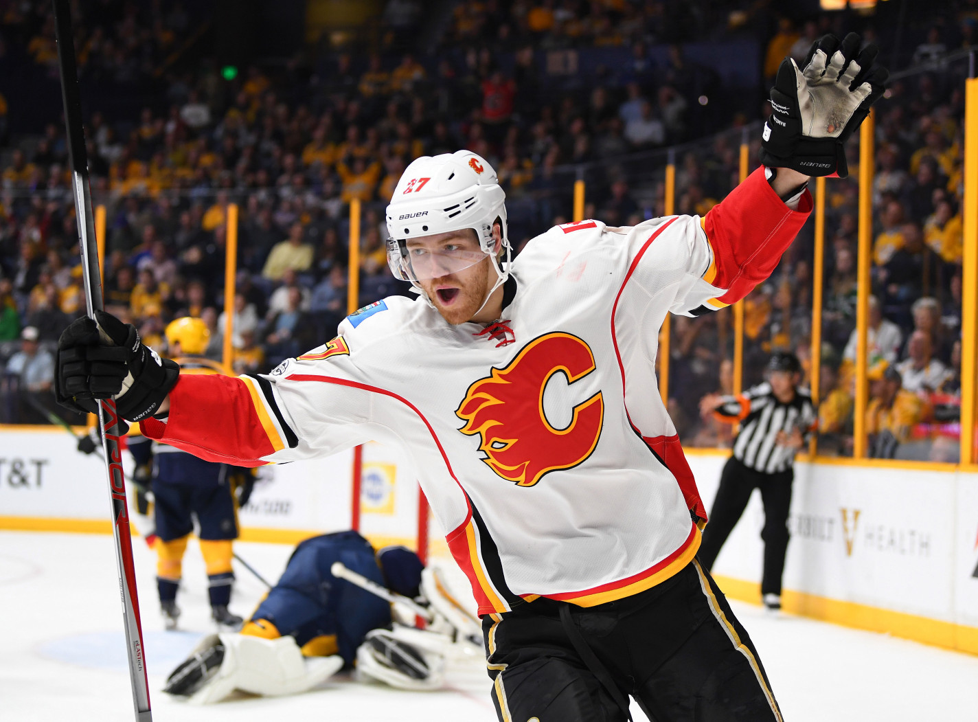WWYDW  Apparently Dougie Hamilton is on the block ff8225006